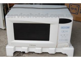 Микроволновая печь Samsung M1833NR Б/У
