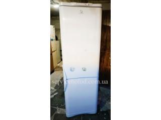 Холодильник БУ Indesit C138G.016
