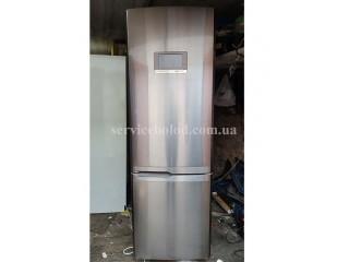 Холодильник SAMSUNG RL55VQBUS